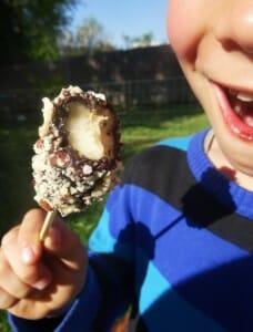 Bananes glacées au chocolat Paléo
