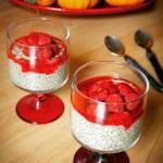 entremet aux graines de chia et fruits rouges