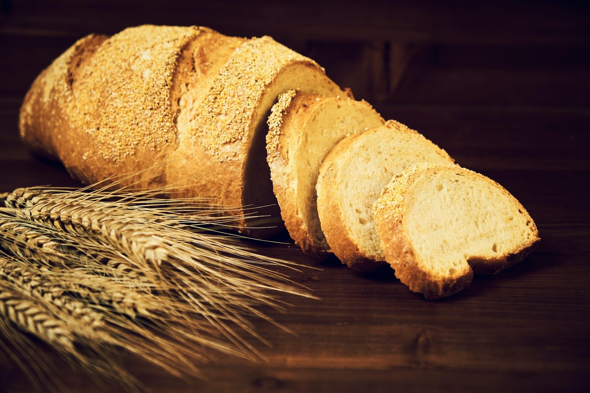 pain et épis de blé