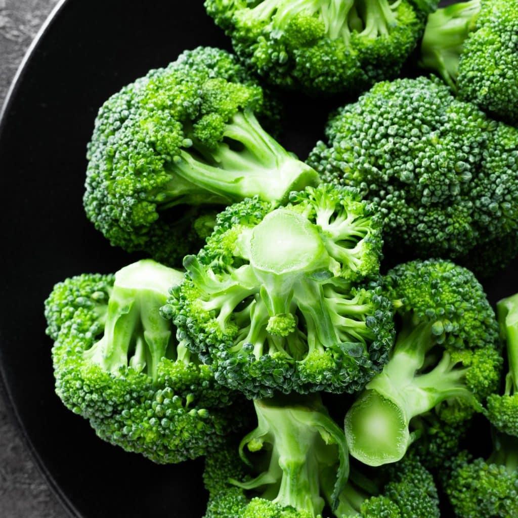 assiette de brocolis